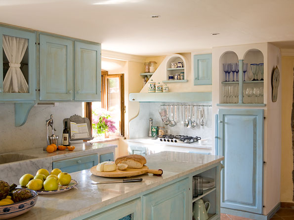 Tuscan Kitchen Design Photos on Pics I Love This Tuscan Blue Kitchen Source Country Home And Interiors