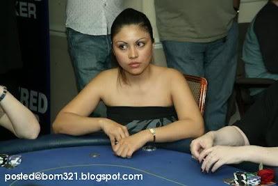 Gambar Marcella ( Isteri Lan - A To Z) Bermain Poker !