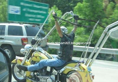Motosikal Yang Terlampau !