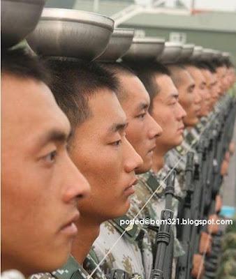 Kenapa Tentera China Sentiasa Tegak Dan Lurus Semasa Berkawat? Rahsianya Disini !