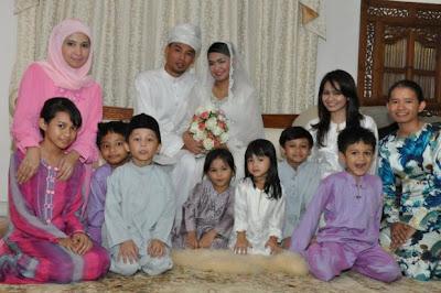 Gambar Pernikahan Siti Saerah (Adik Kepada Dato' Siti Nurhaliza ) Dan Saiful Anuar