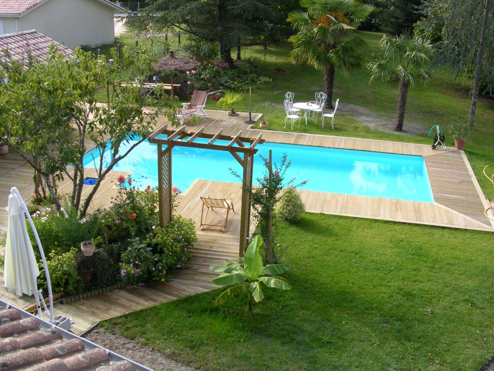 Conseils professionnels pour monter votre piscine for Cloture pour piscine hors sol