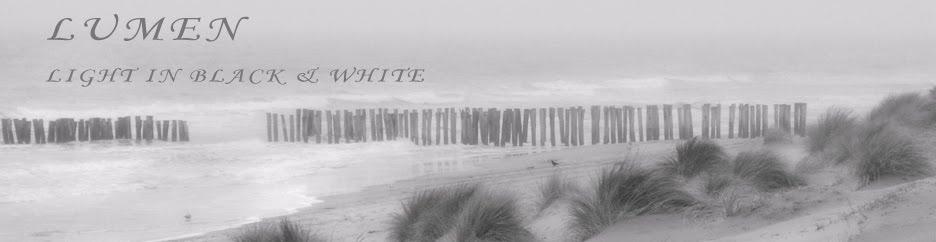 L U M E N - Light in Black & White