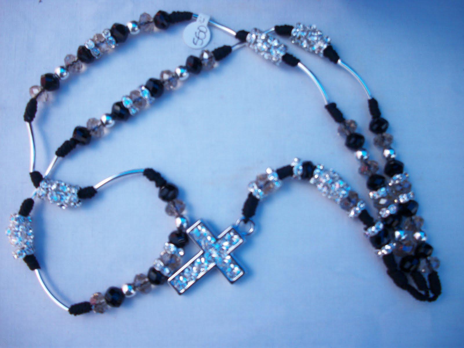 Sofia prono rosario de cuarso rosado con cristales for Como limpiar un rosario de plata