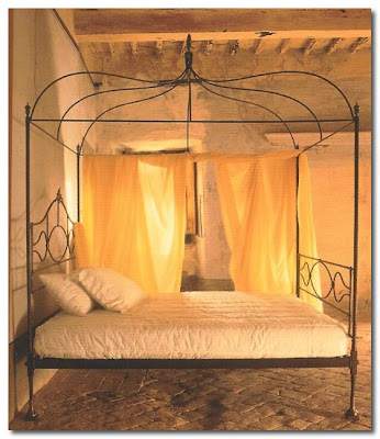 wrought iron bed by Brindisiamo italy