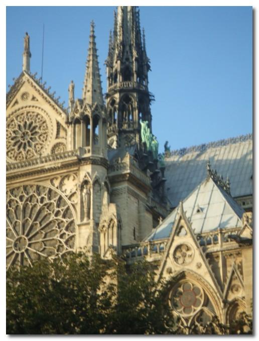[going+to+heaven+notre+dame+paris.jpg]