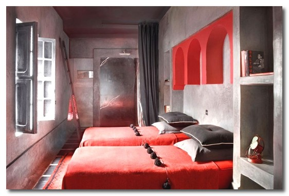 Secret Ice Red And Grey Bedroom Ideas
