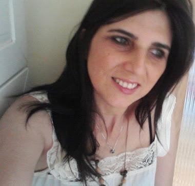Minha pele é branca como leite! Faz dez anos que não me bronzeio! Absurdo para uma brasileira!