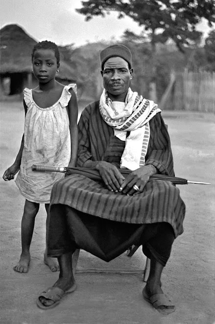 Kuranko man and child at village of Sokurella (near Bintimani)