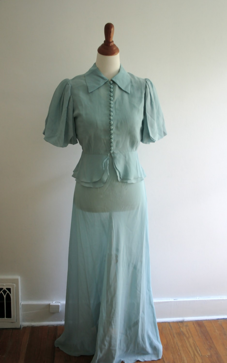 pettigrew girls Then suiting up in this almost-prim blue dress and heart-shaped hat, as if to show her as a innocent good girl.