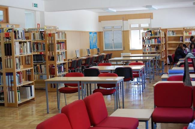 Biblioteca Santos Simões