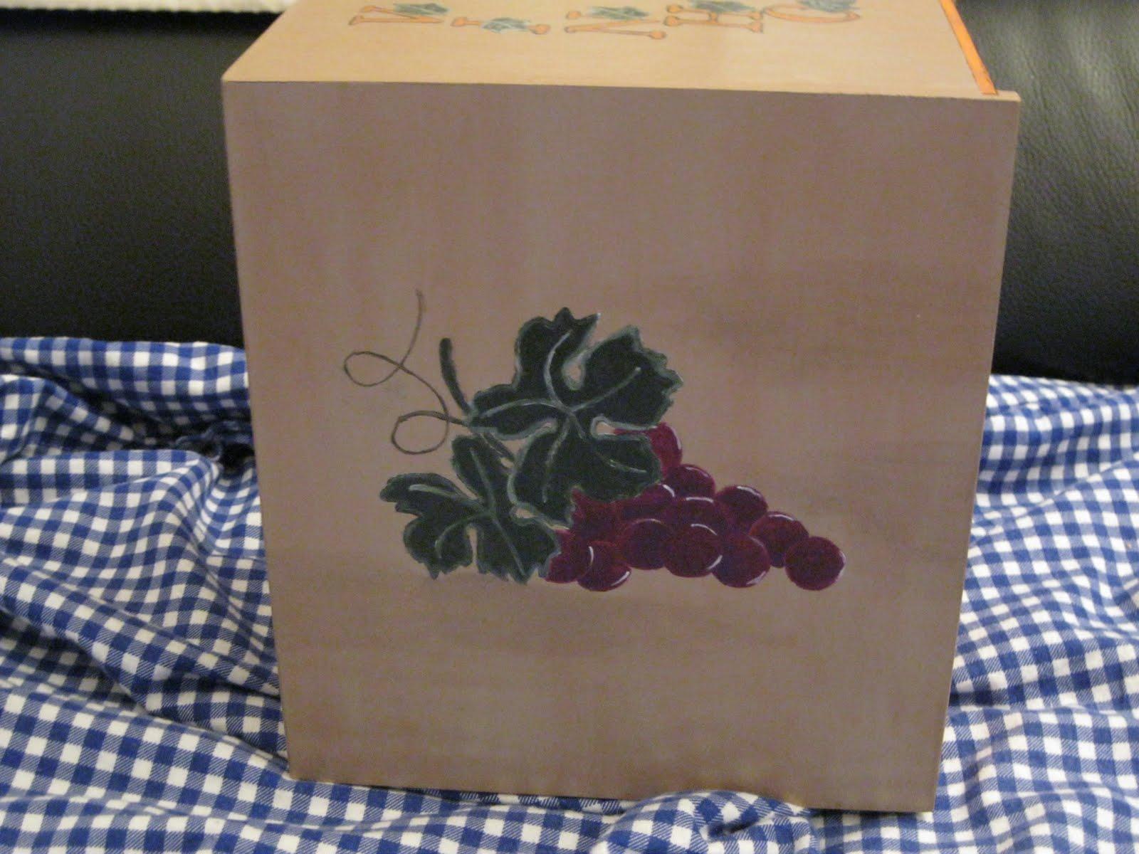 DauroArt: Caixa de madeira pintada à mão para vinho cuecas pintadas  #956F36 1600x1200