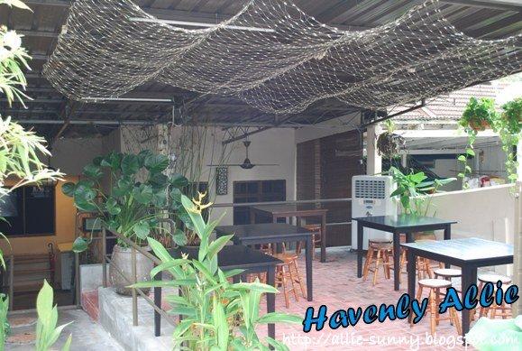 Claypot Restaurant Exterior