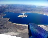 Vue aérienne sur le lac Mono - Californie
