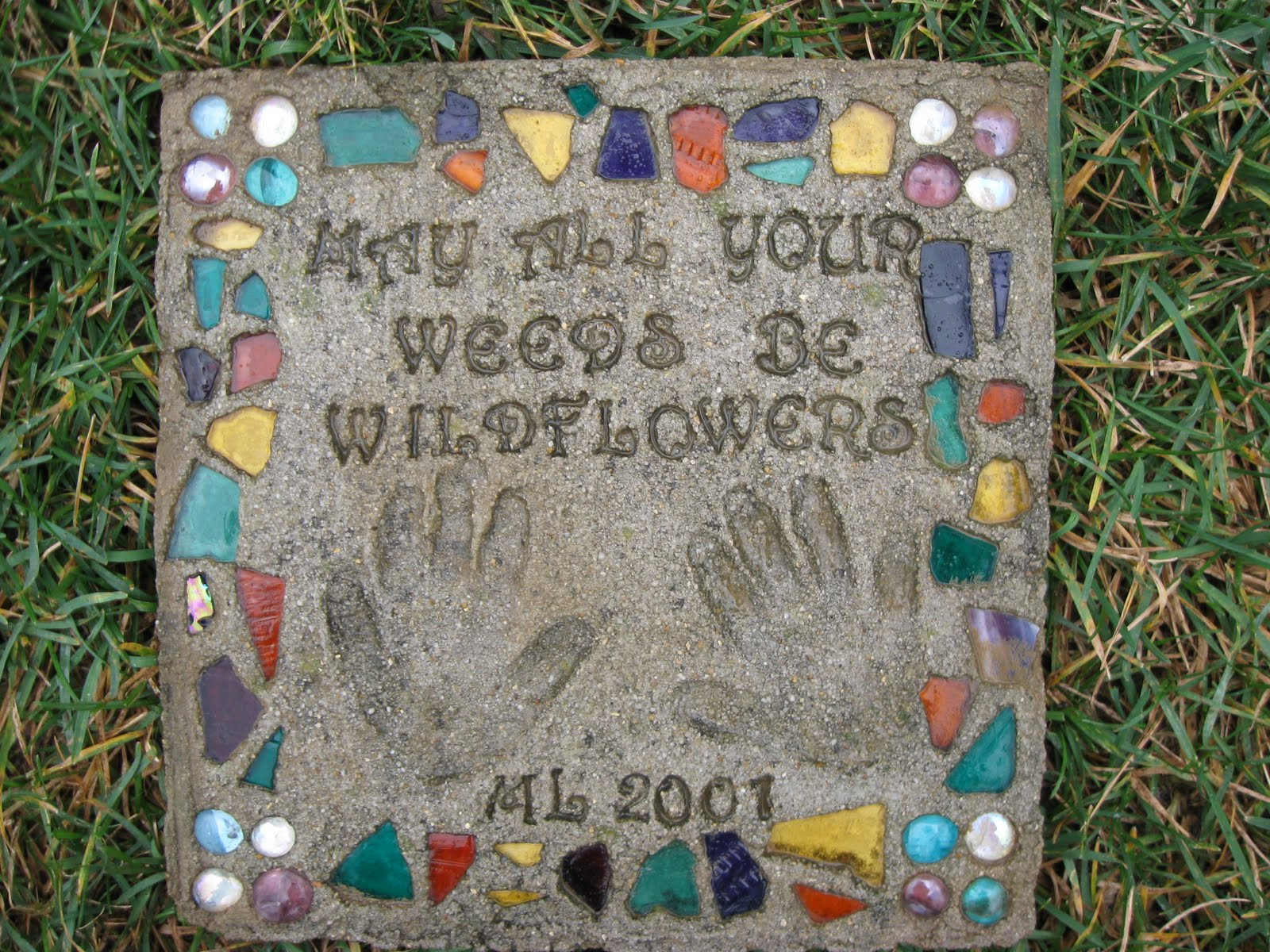 Make Personalized Garden Stepping Stones