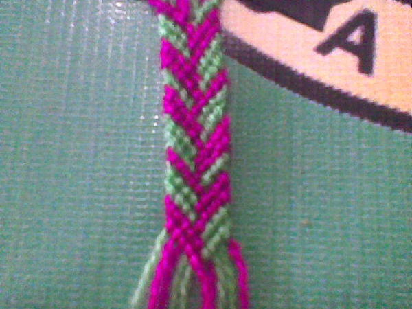 Cara Merangkai Gelang Dari Benang Wol gelang ini terbuat dari benang