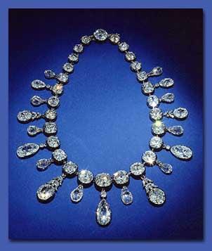 مجوهرات داماس 2011 diamond_necklace.jpg