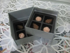Choc Special Stacking Box - 8 pcs Standard Choc @ RM 25/box