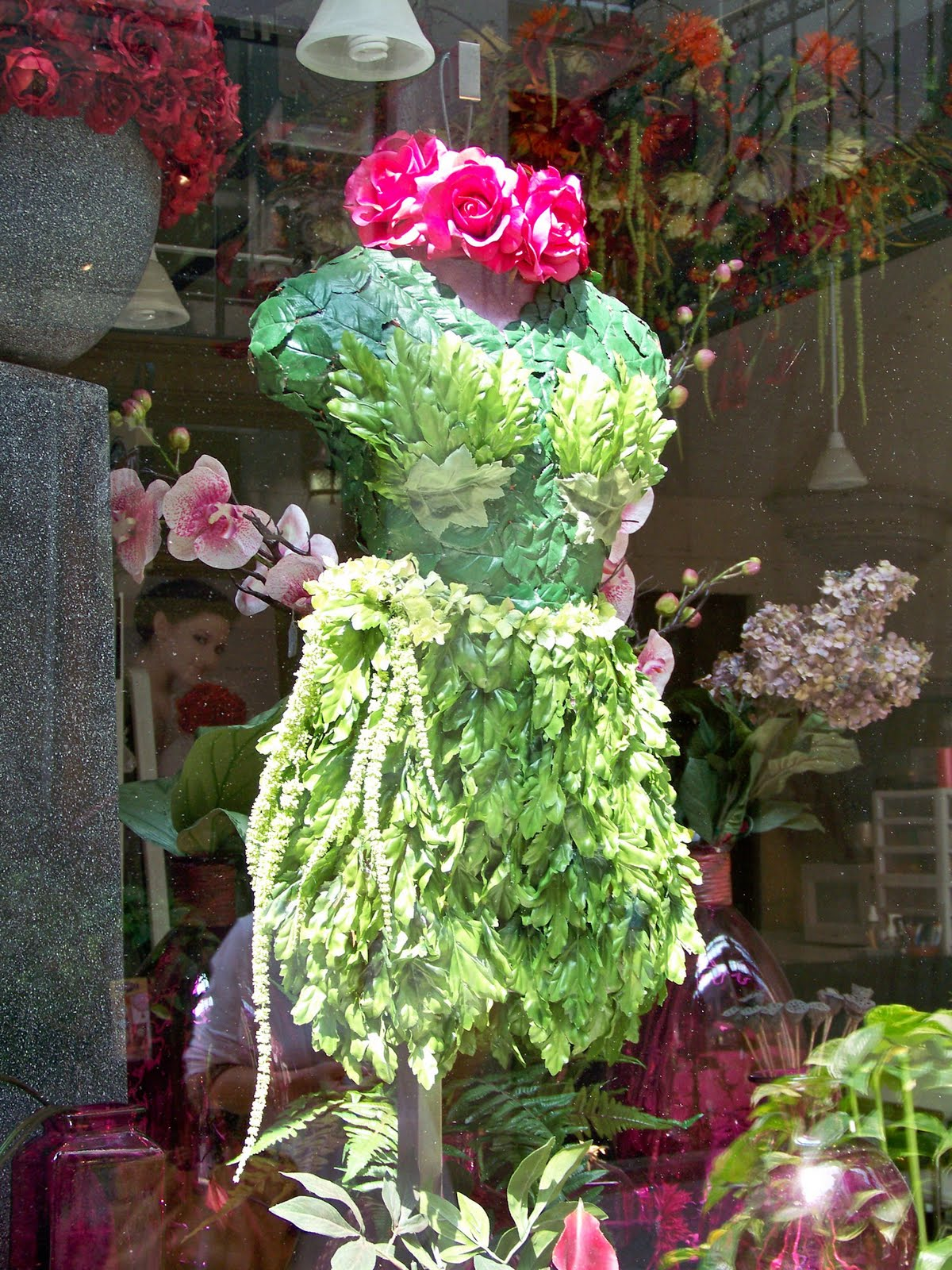 Korean Flower Art moreover Event Florist London Fashion Week likewise Asheville Shopping And Dining With Blog in addition Mothers Day Window Display Ispiration besides Designer Flowers. on florist window display