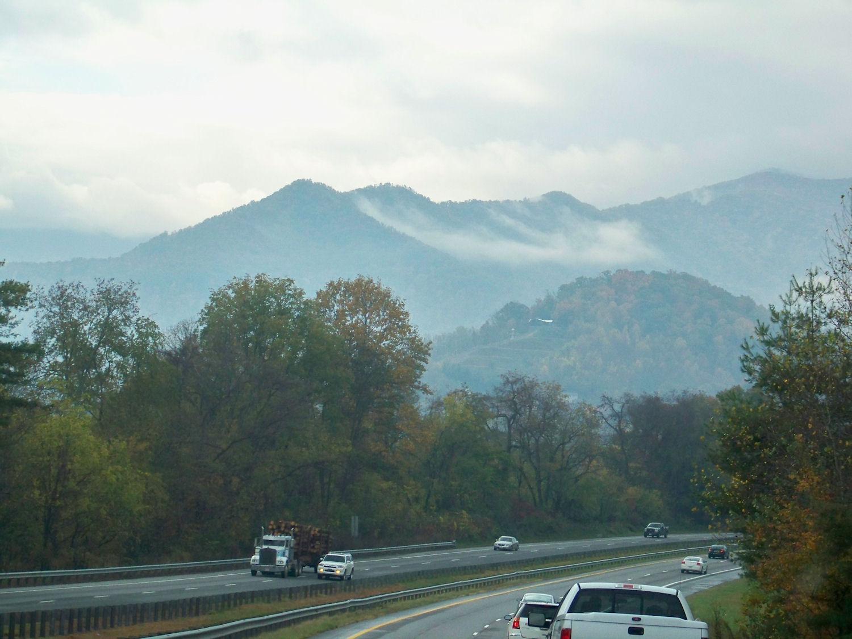 Office Minimalist: Great Smoky Mountains Train Ride