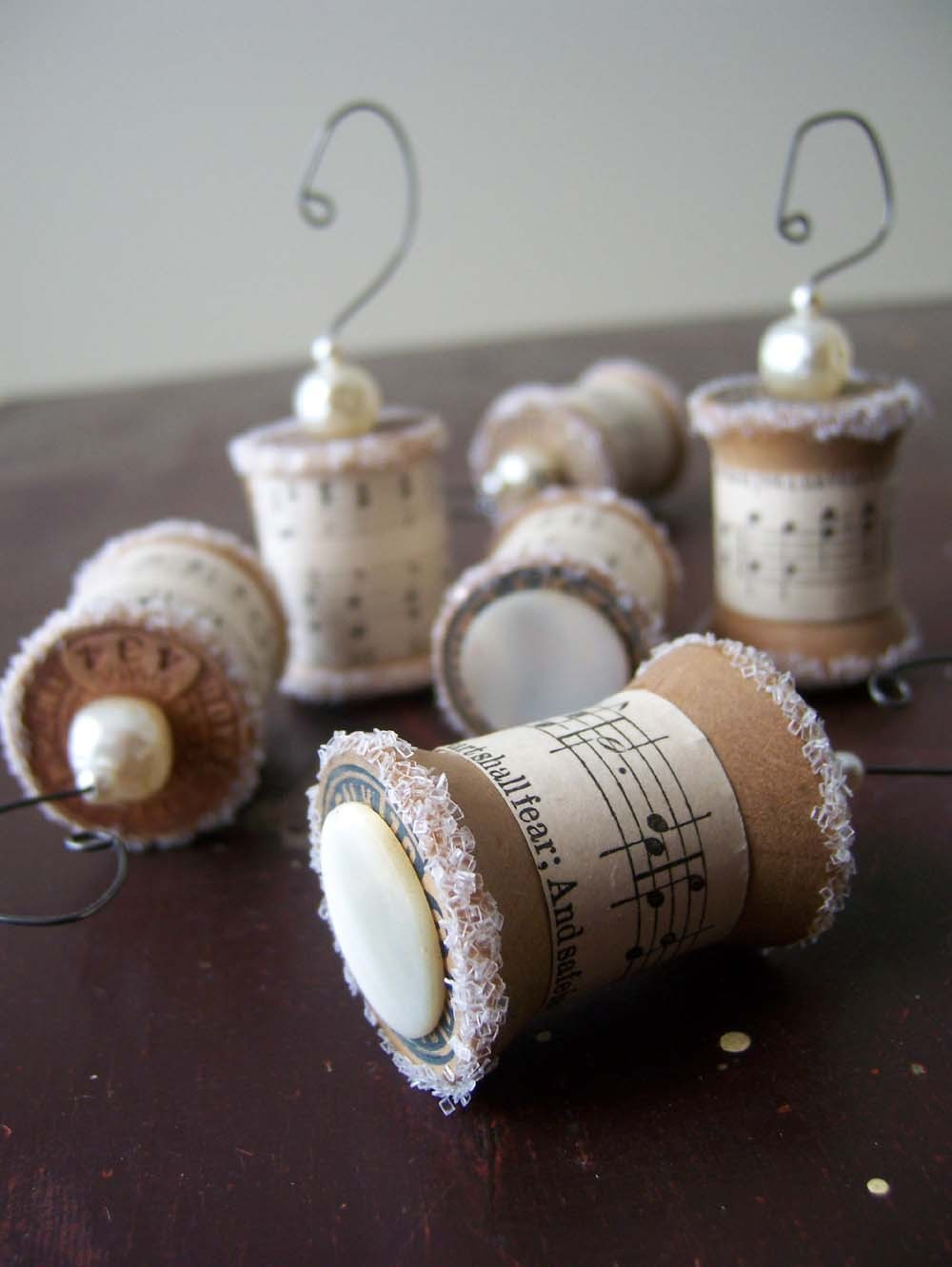 Sheet music christmas ornaments - Skyejuice Daily Dose Of Inspiration Inspirational Thursday Upcycled Christmas Ornaments