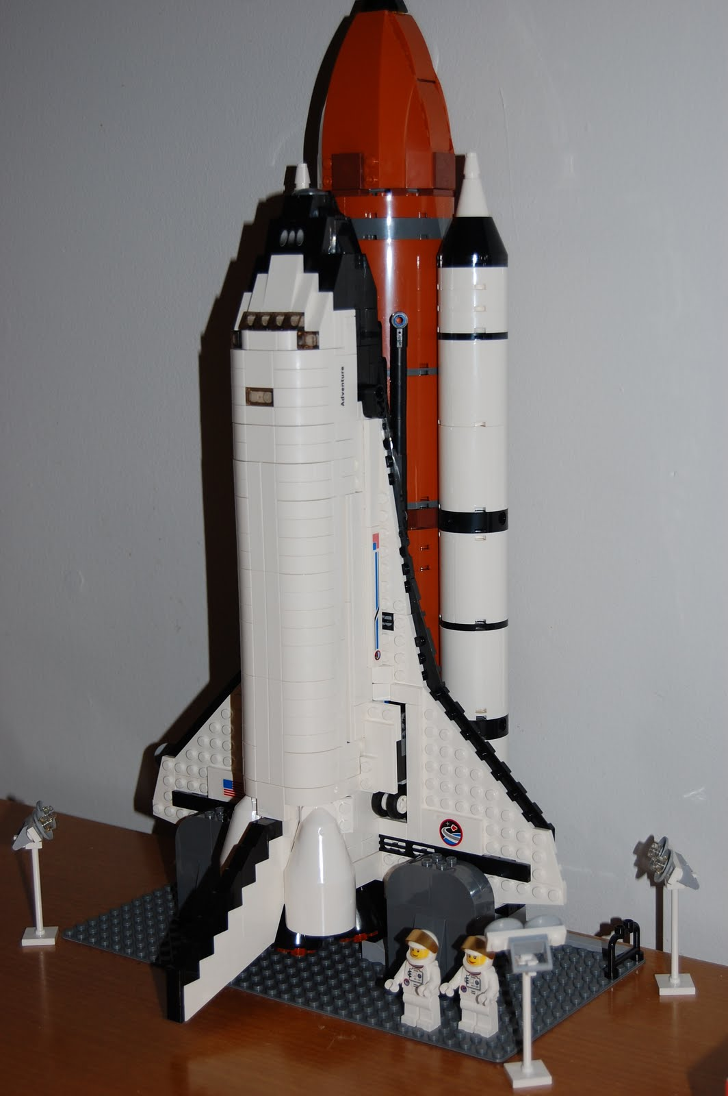 mid life geekery the lego space shuttle adventure complete. Black Bedroom Furniture Sets. Home Design Ideas