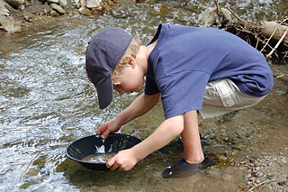 Liechy blog panning for gold in summer panning for gold best places publicscrutiny Image collections
