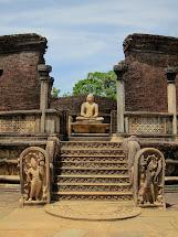 Twenty Ten Chelle & Ben Sri Lanka Part 1