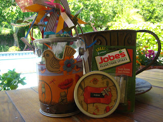 making a garden pail gift