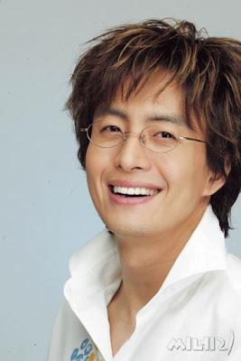 http://1.bp.blogspot.com/_loOkwo8f6eA/Sih3Yalx8aI/AAAAAAAAAsM/deoZPyjCi9E/s400/Bae+Yong-joon.jpg