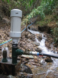 Our home-made Atlas Ram Pump in Los Brujos enjoying some winter water flow