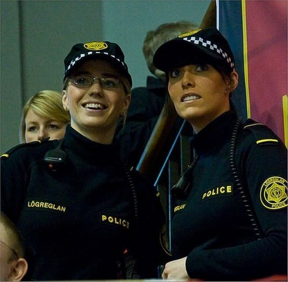 Cutest Female Police Officers InThe World