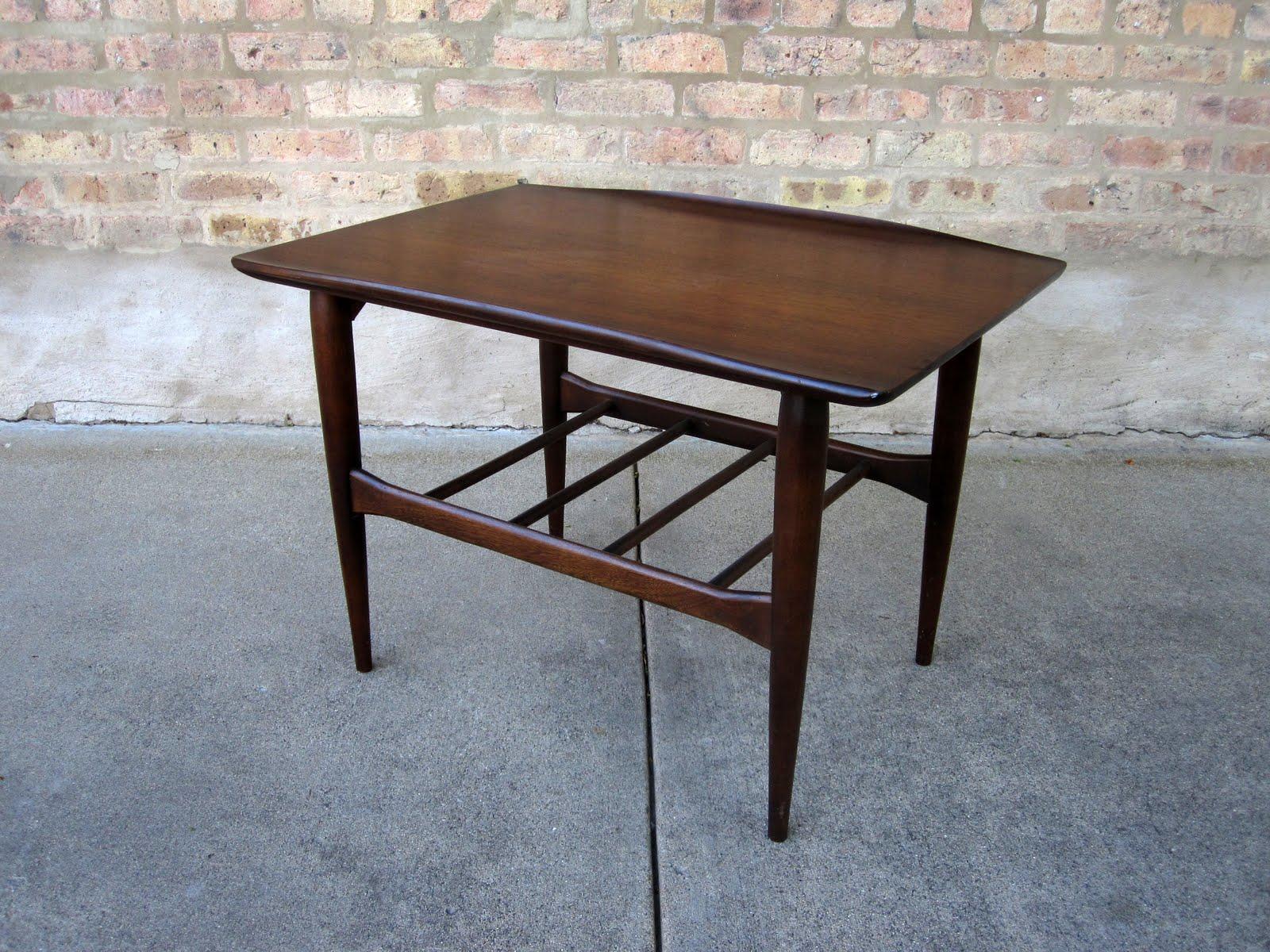 U0027bassettu0027 Walnut End Tables