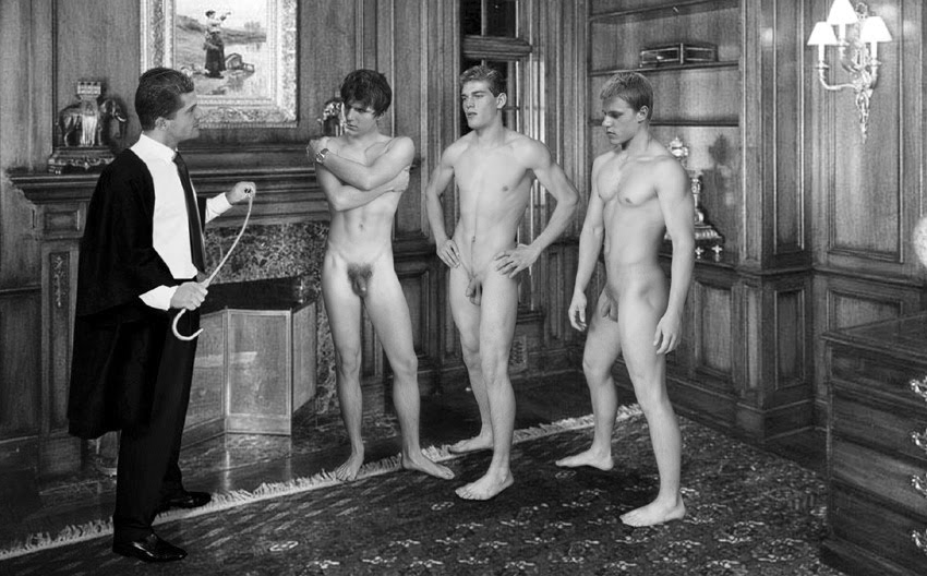 Gorgeous threesome nudes