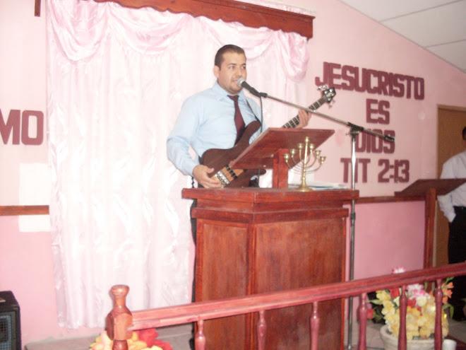Hno. Joel Ayala