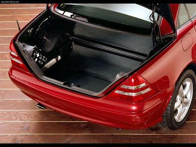 http://1.bp.blogspot.com/_lsyt_wQ2awY/SJmBbOZlc3I/AAAAAAAABfc/fstpf6kO8Ug/s400/Mercedes-Benz-SLK320_2000_800x600_wallpaper_50.jpg