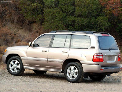 2003 Toyota Land Cruiser 5d. een Toyota Landcruiser uit