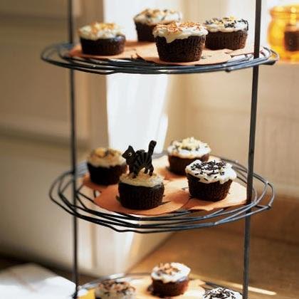 4 cute halloween cupcakes halloween decorations ideas - Creme decoration cupcake ...