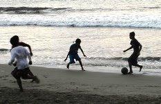 sepak bola anak nelayan