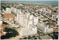 VISTA PARCIAL DE LUANDA, ROTUNDA DA AV. DOS COMBATENTES E AV. DO BRASIL.