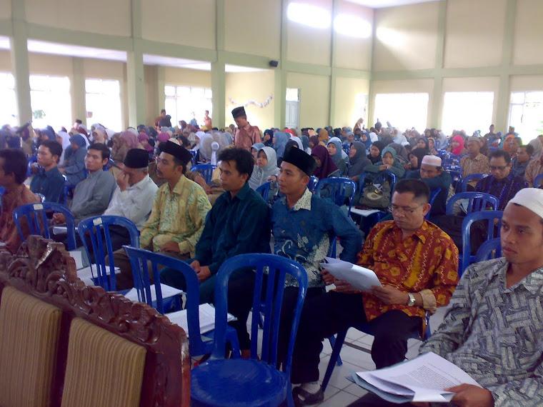 Peserta Seminar Kependidikan PGMI