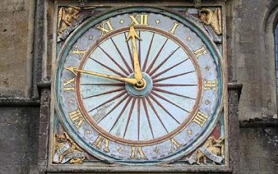 http://1.bp.blogspot.com/_lwzDMSo0Y3c/TG9xd4pQf5I/AAAAAAAAABs/jJN7ZR36T6s/s400/oldest-clock.jpg