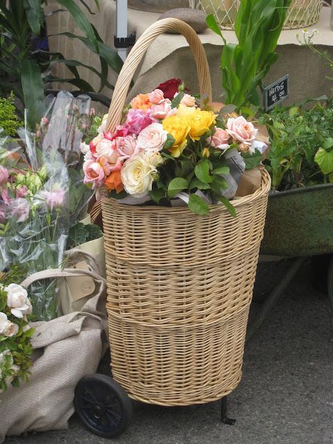 Cestão-de-flores-lindo