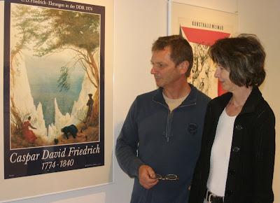 Ulrich und Kareen Voigt aus Forst in der Plakatausstellung auf der Burg Beeskow, Foto: Elke Lang