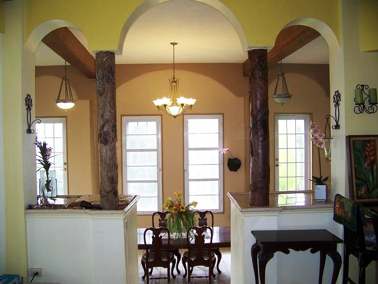 The Grape Vine Columns At Entrance Of Dining Room Are Well Under Way After Carving Design On First One I Applied Some Stain To