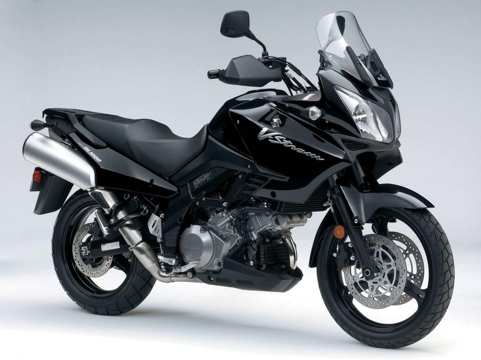suzuki v strom 1000 review autos weblog. Black Bedroom Furniture Sets. Home Design Ideas