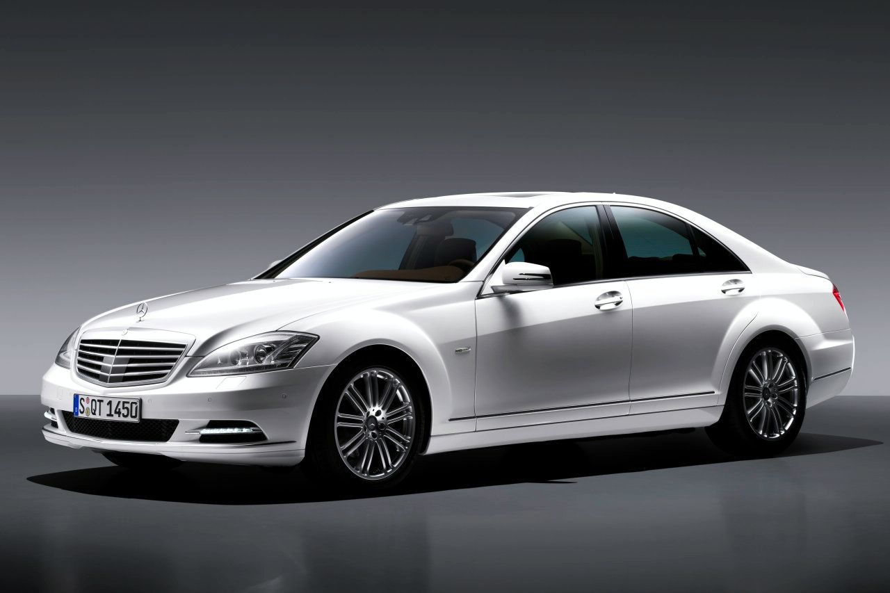Kereta Mercedes Benz 2010 Mercedes Benz S550 Review