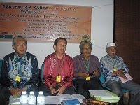 Moderator Pertemuan Karyawan Perak 2010