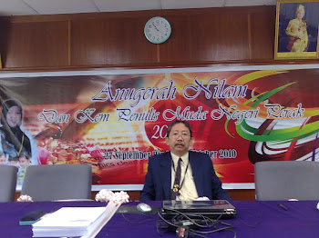 Fasilitator Kem Penulis Muda SM Negeri Perak 2010