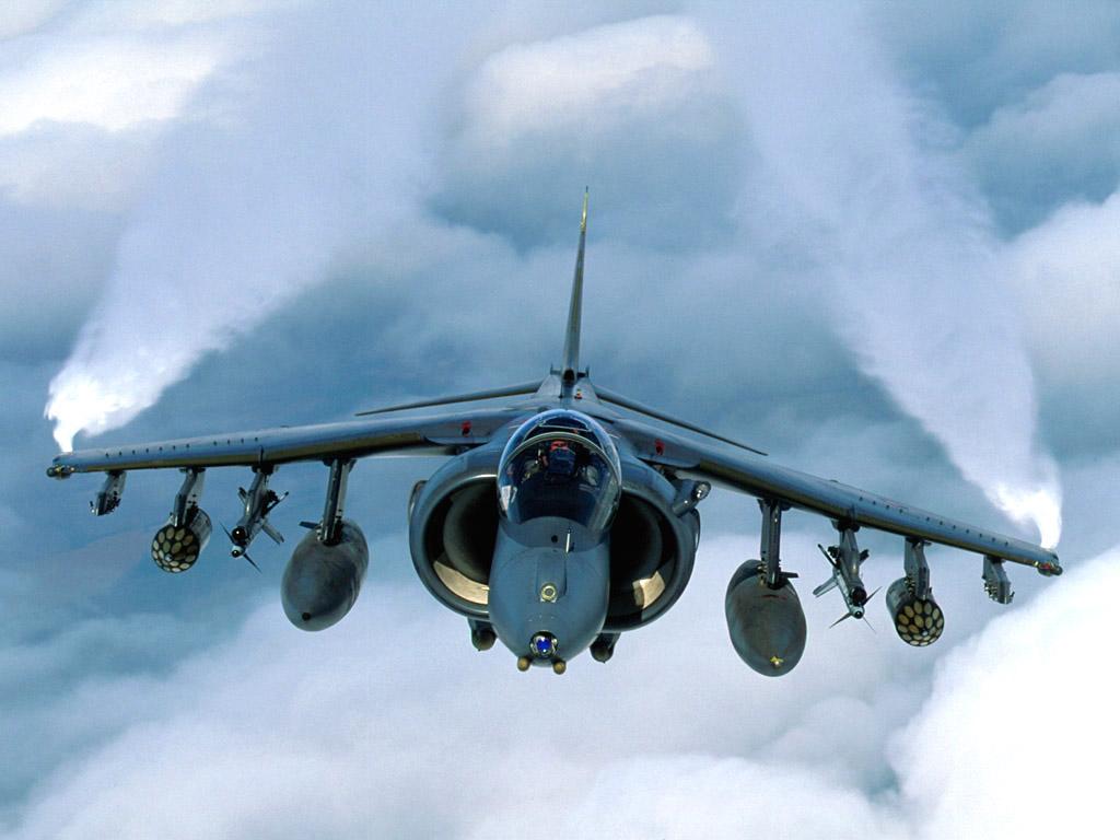 http://1.bp.blogspot.com/_m1Z6uxpmlU8/TLtfCMTEZCI/AAAAAAAAB7E/ti7bgqapGiM/s1600/UK_RAF_Cottesmore_Harrier_GR7.jpg